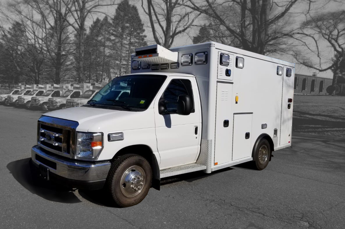 2016 Ford E350 Gas Type 3 AEV Used Ambulance For Sale 01