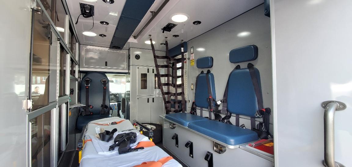 2016 Ford E350 Gas Type 3 AEV Ambulance 08