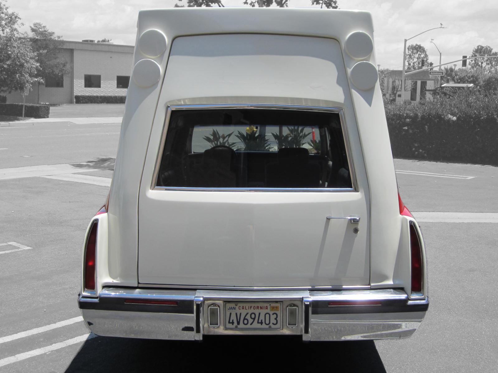1993 Cadiilac Fleetwood Ambulance For Sale 003