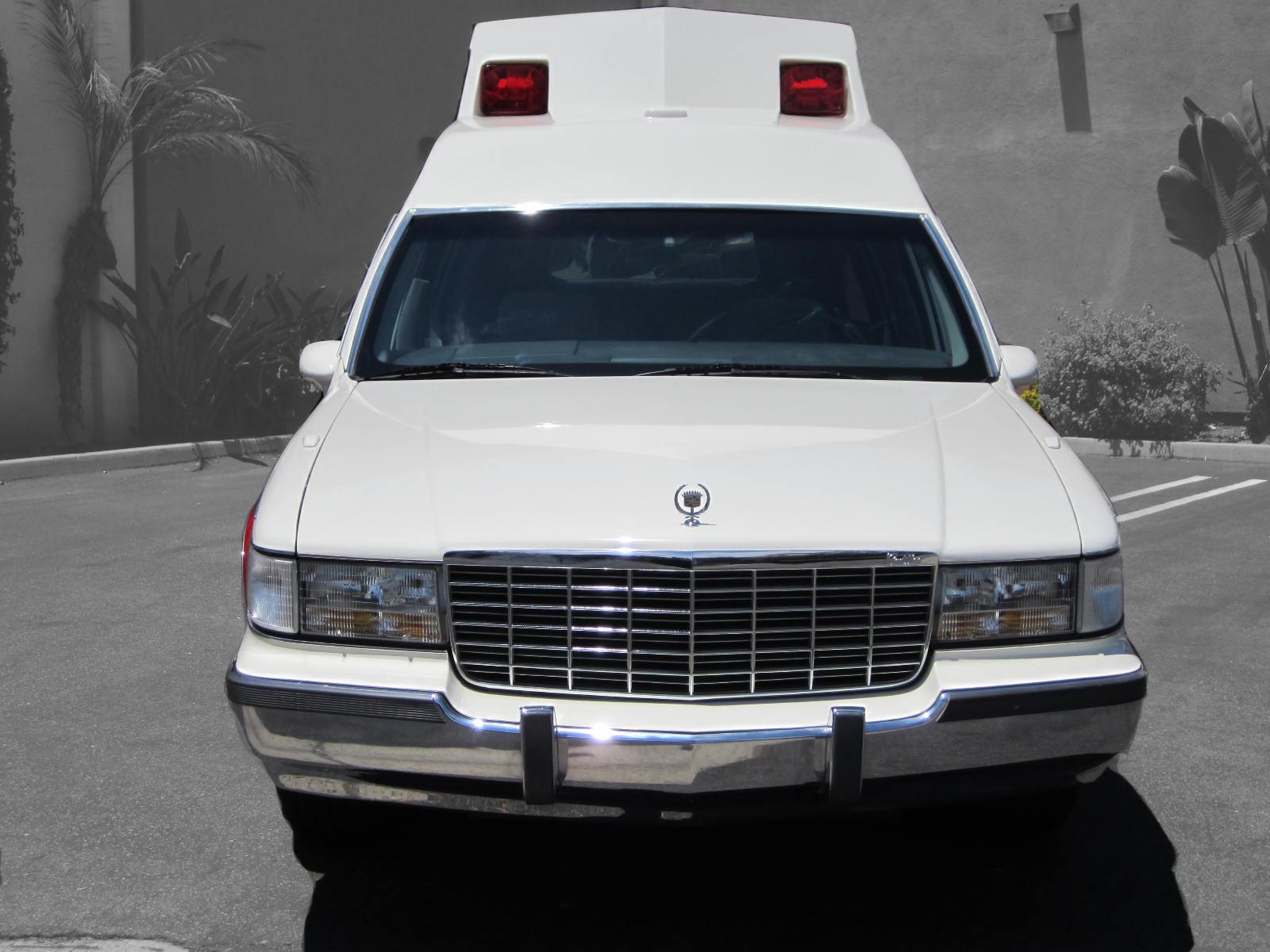 1993 Cadiilac Fleetwood Ambulance For Sale 006